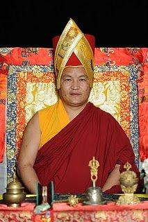 第14世迦旺罗德上师 14th Khon Lineage Ngawang Lodoe Rinpoche