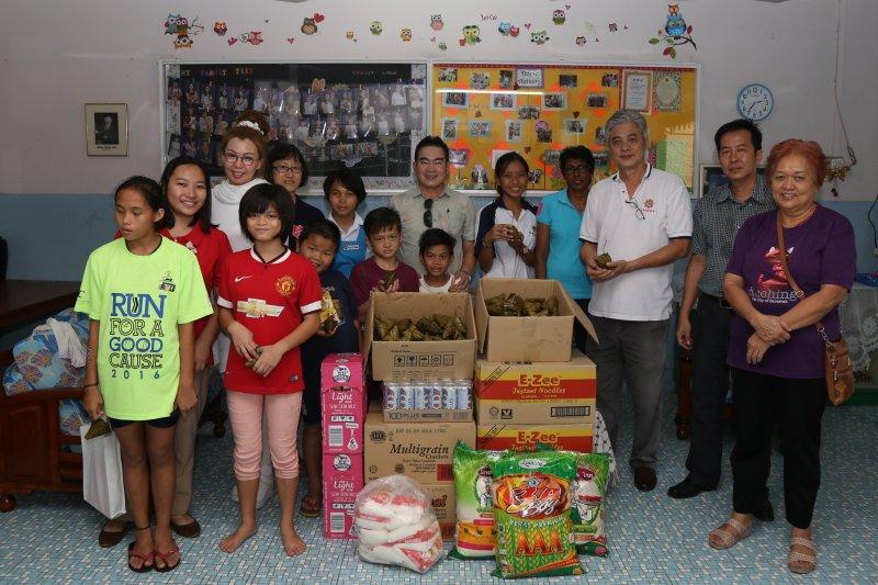 布施救世军 Salvation Army Kuching。