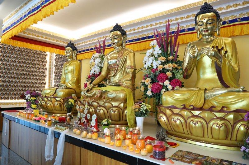 密宗三世佛殿。